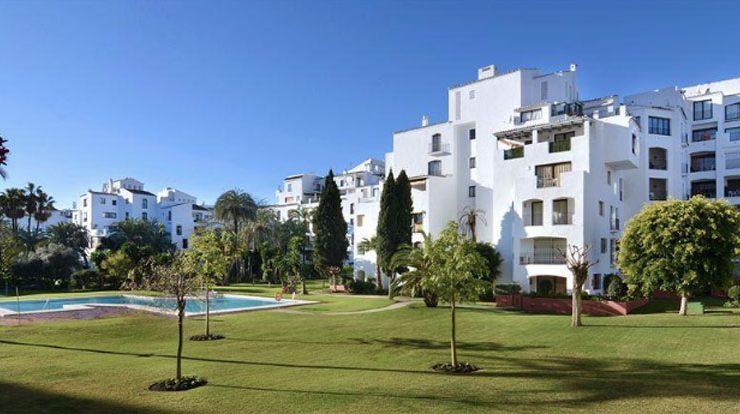 Jardines de Puerto Banus apartments
