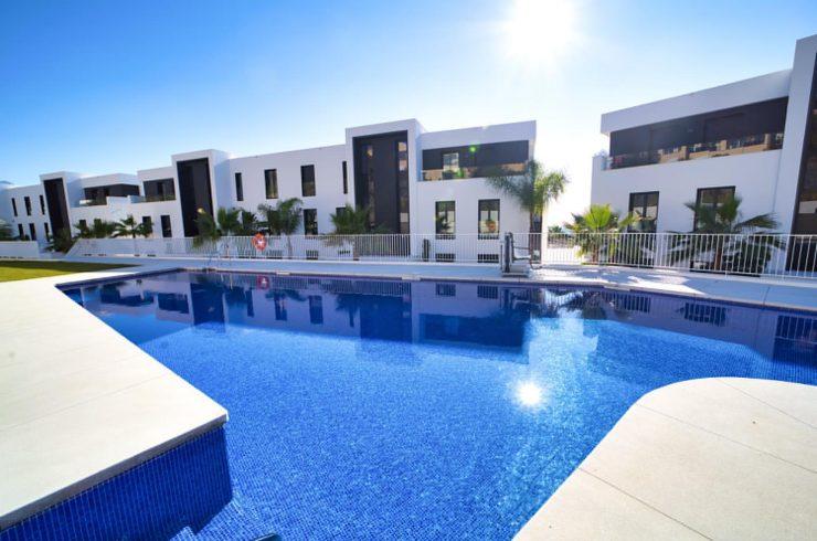 Luxury 3 bedroom apartment in Azahar complex, Nueva Andalucía. Marbella