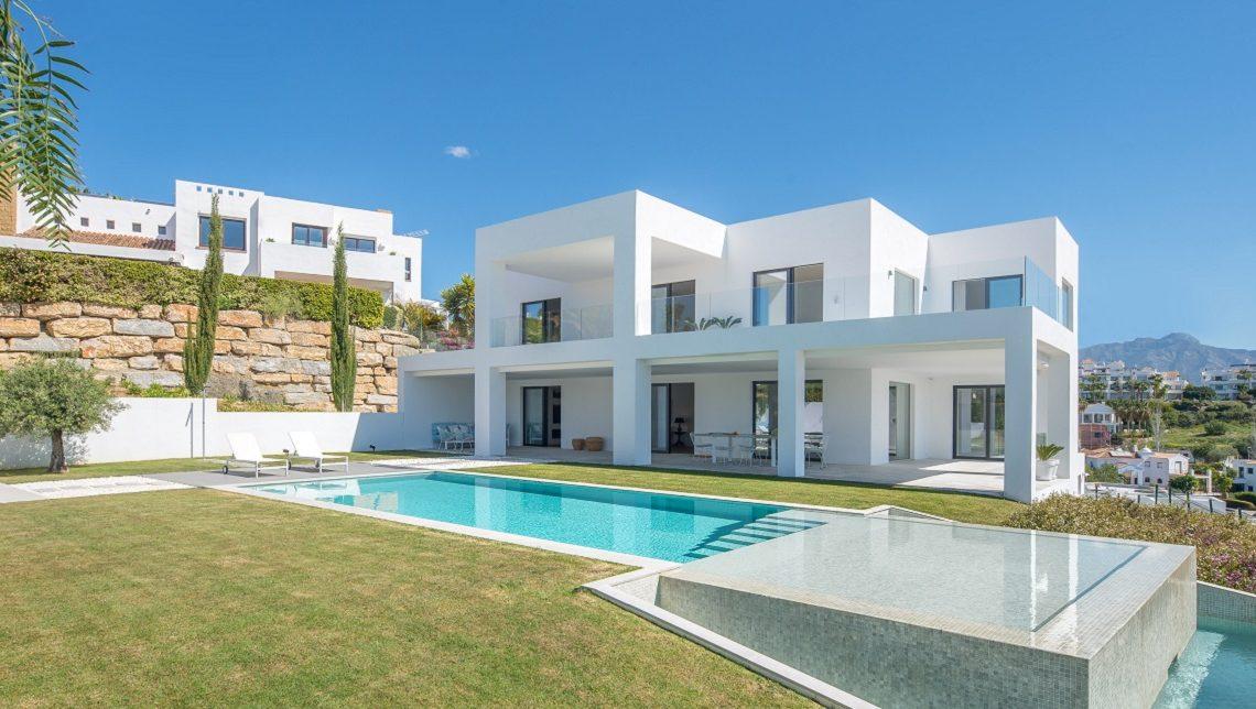 buy-villas-in-Marbella